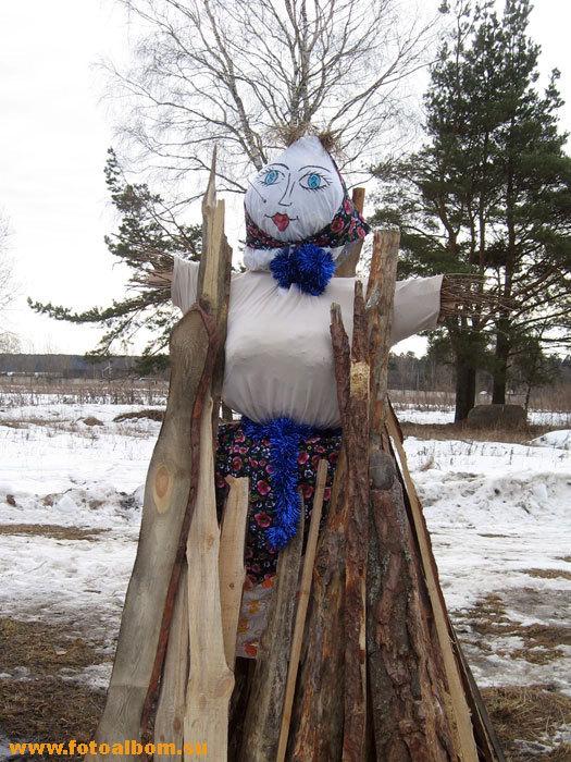 Соломенная кукла - чучело зимы
