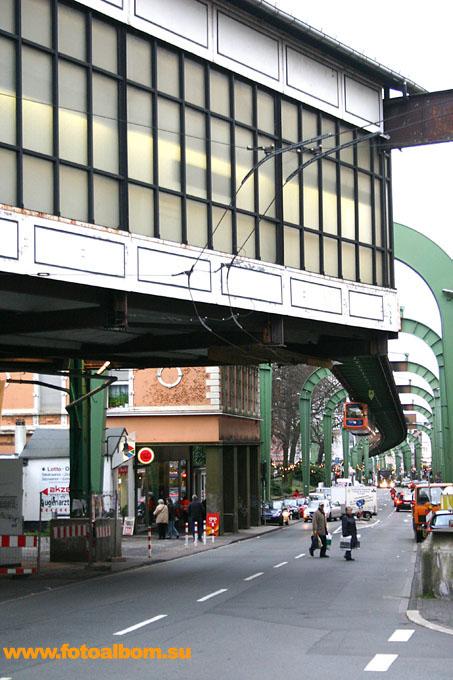 Станция конечная, та самая, откуда поехал в первый путь кайзер Вильгельм II.