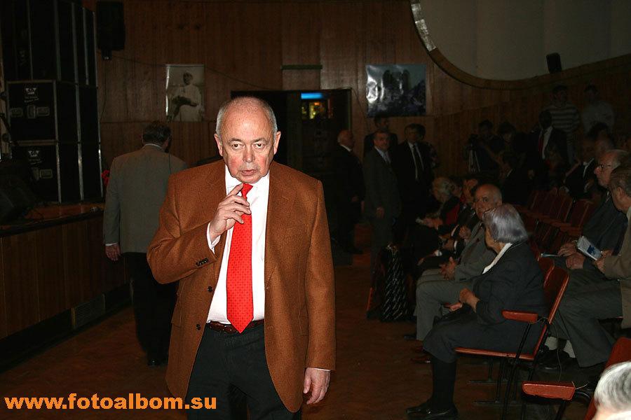 Член-корреспондент РАМН, д.м.н. всемирно известный онколог Михаил Личиницер