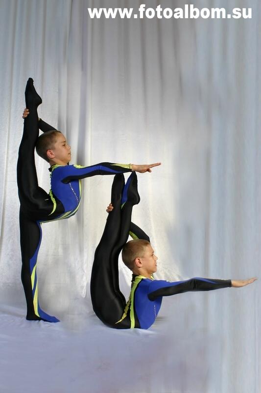 В книгу рекордов Гиннеса братья Калуцкие попали, выполнив гимнастический трюк