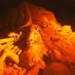 Скульптуры из песка «Святая Русь» у Храма Христа Спасителя
