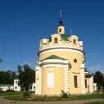 Женский монастырь в Павловской слободе в Подмосковье.