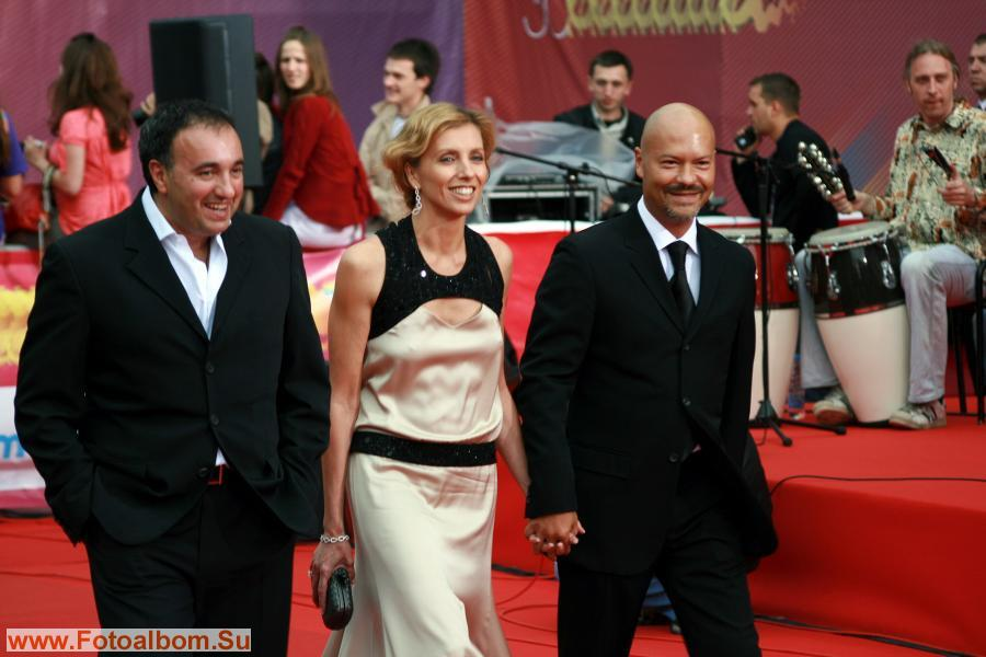 Гости пошли: Александр Роднянский, Светлана Бондарчук и Федор Бондарчук