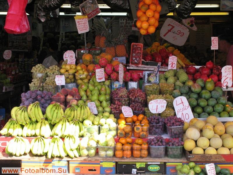 Попадая на овощные рынки, не знаешь что выбрать, ведь все сразу не съешь...