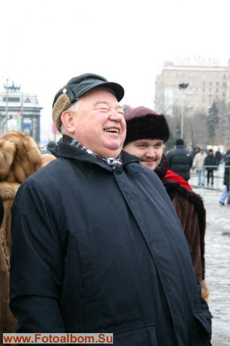 Георгию Гречко весело и без горячительного