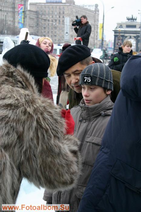 Н. Расторгуев с сыном