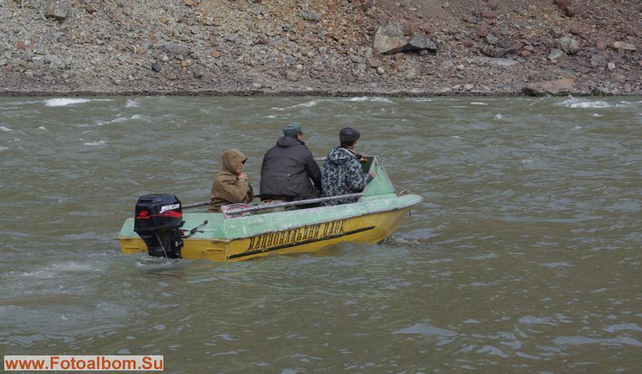 Заброска до устья Кюеллях-Мустаха на моторной лодке ПП