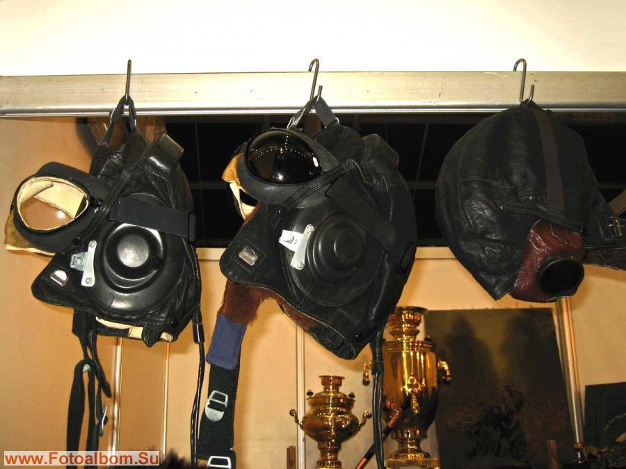 Кожаные шлемы (антиквариат)