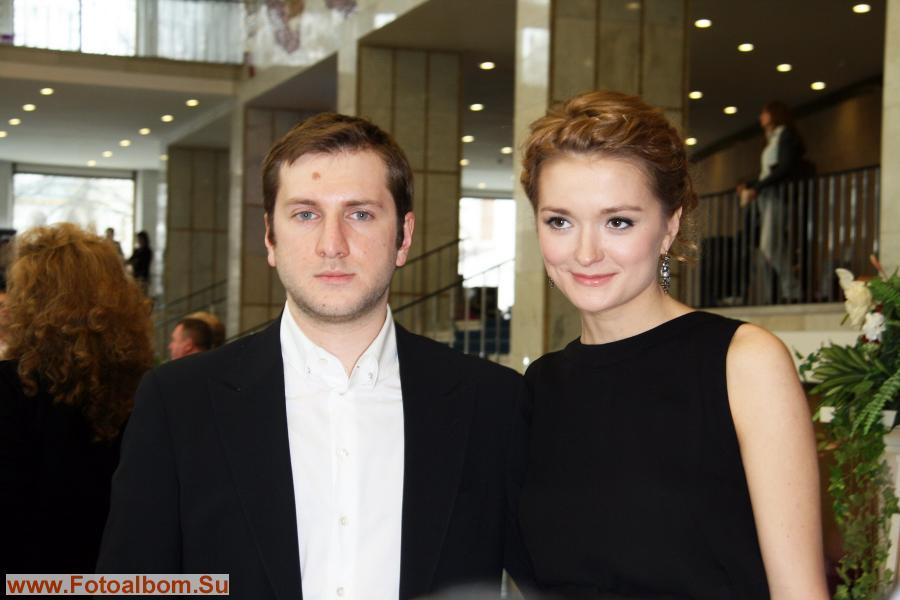 Первый выход в свет  Резо Гигинейшвили и Надежды Михалковой в статусе мужа и