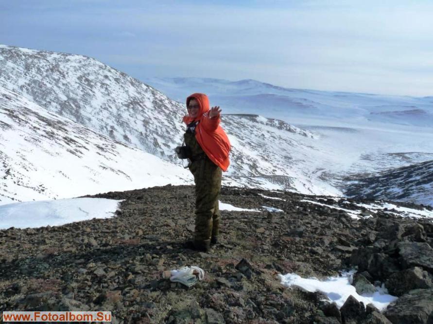 Одна десятая высоты горы, а ветер уже раздувает всю одежду