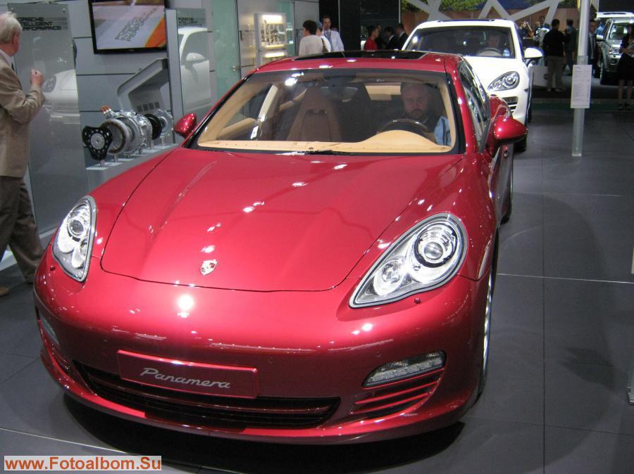 Porsche (Порше) Panomera (Паномера)