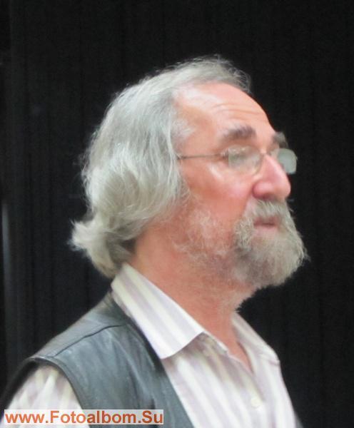 Владимир Ханан