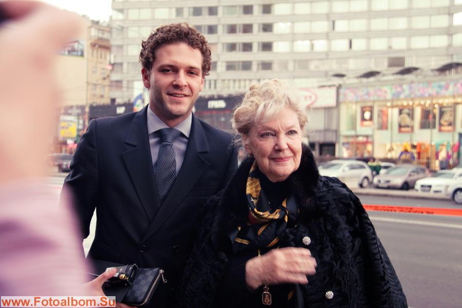Актриса Ирина Скобцева с внуком, актером Константином Крюковым