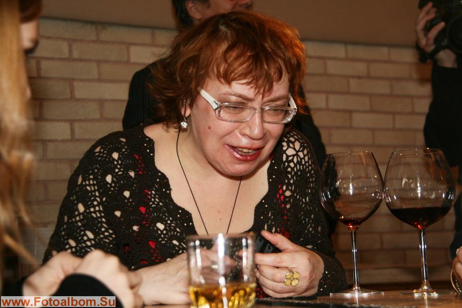 Ольга Прохватыло - между бокалами и костями