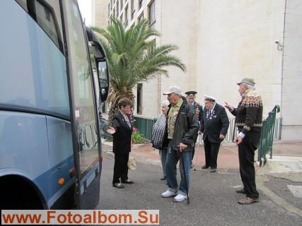 Комфортабельный автобус доставит ветеранов к месту сбора участников праздника