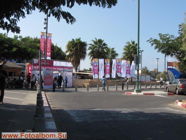 Флаги с эмблемой фестиваля